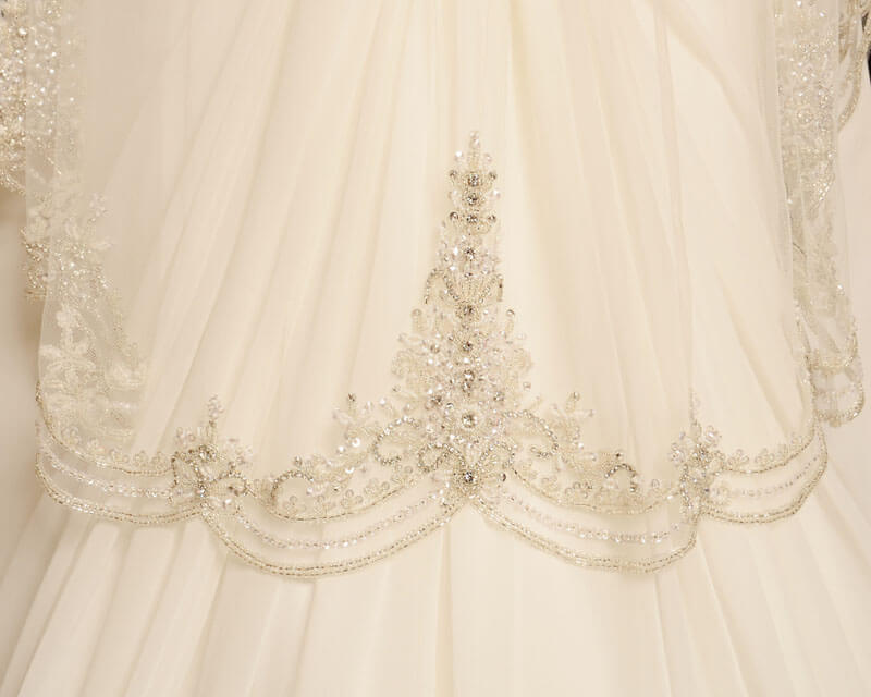 Ballew bridal and formal a memphis bridal tradition for over 35 years veil 2 bling veil 3 junglespirit Image collections