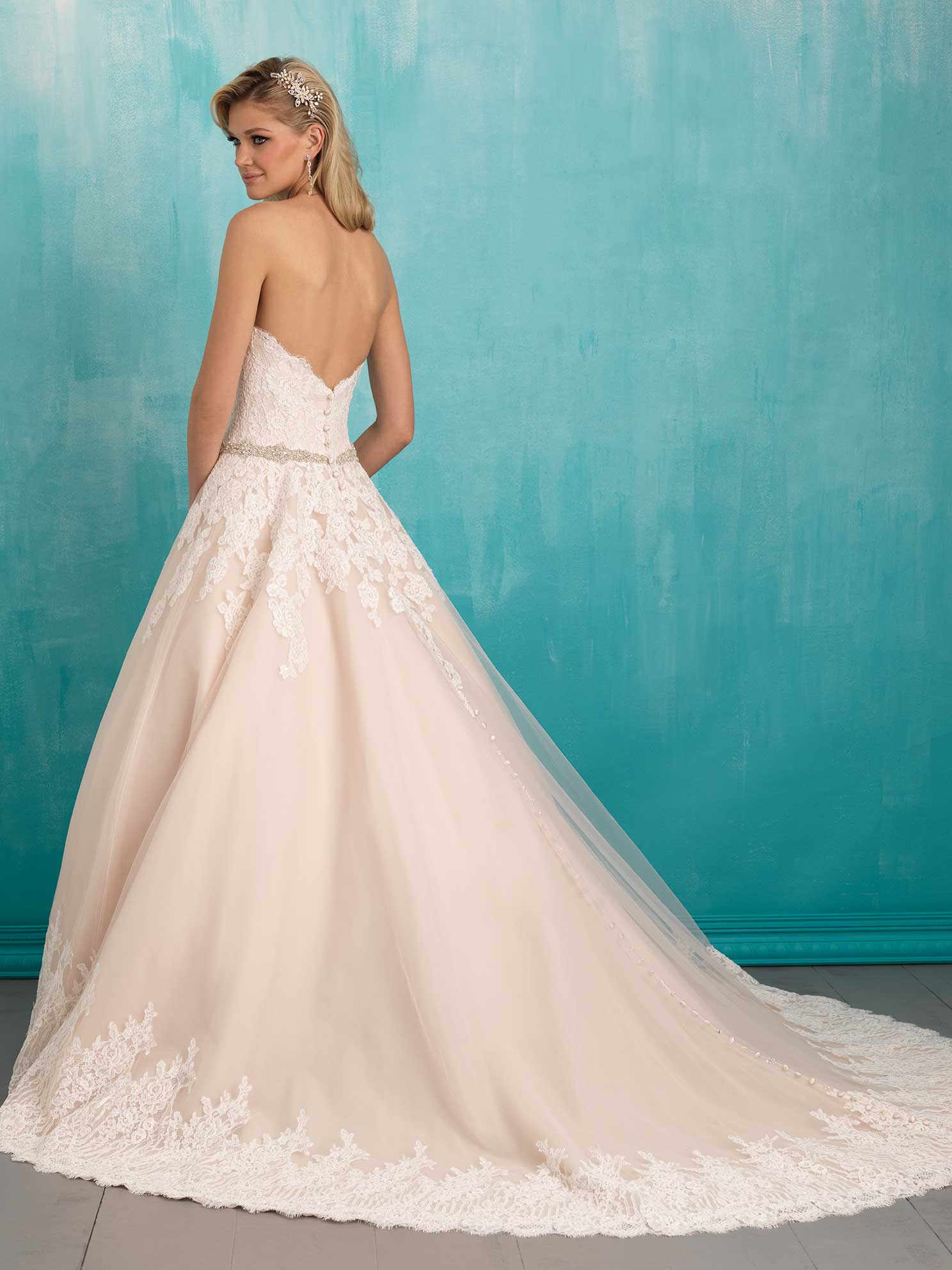 Ballew bridal and formal a memphis bridal tradition for over 35 years allure 2 junglespirit Image collections
